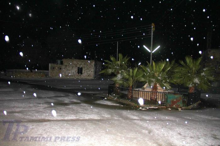 snowing 10 jan 2013