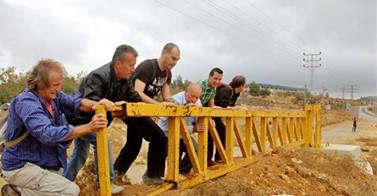 nabi saleh gate action