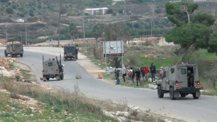 iof on road with stones tp